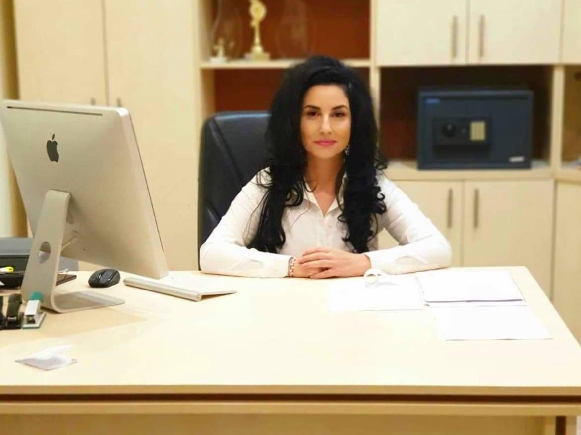Silvia Savu manager Holbina trei bibani