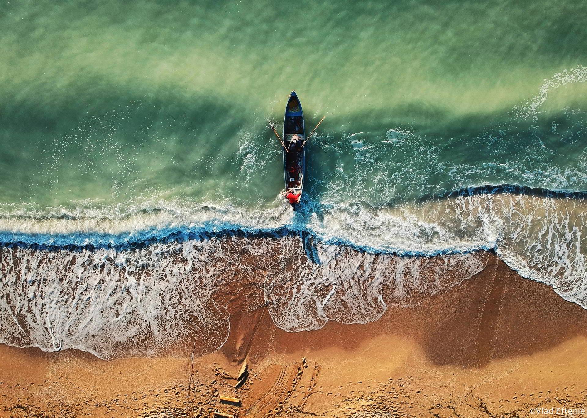 Vlad Eftenie: Constanța mă inspiră în orice anotimp, nu există vreme nepozabilă la mare
