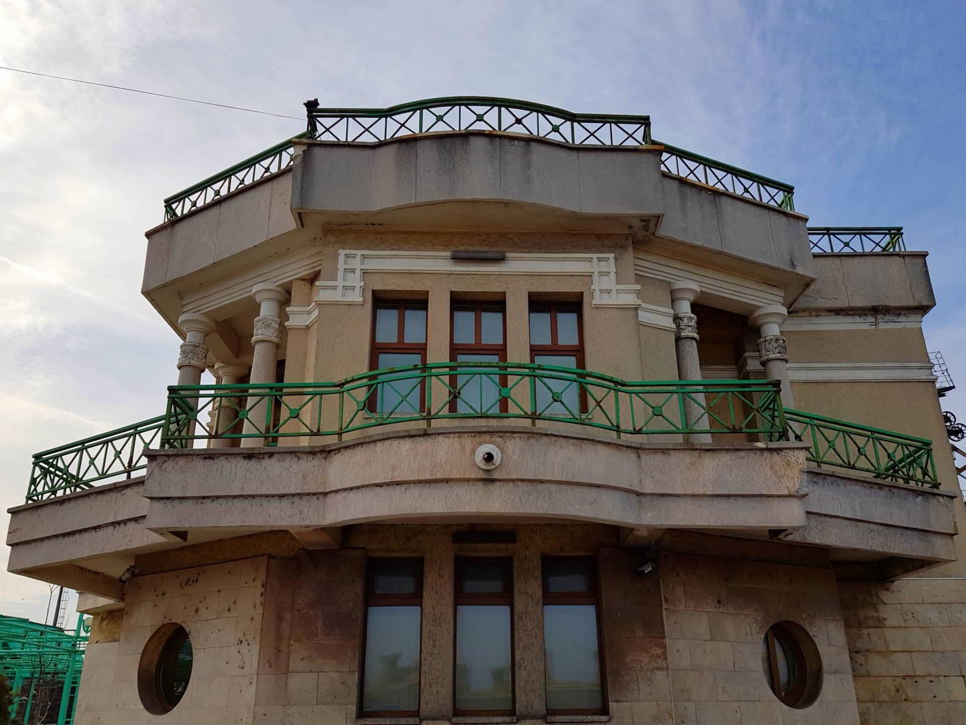 Cuibul Reginei Portul Constanta