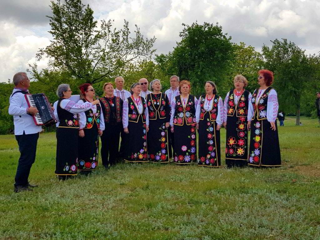 Festivalul Bujorului Fantana Mare Tulcea