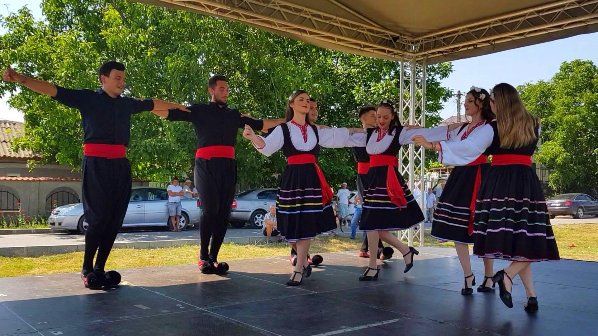 Mozaicul gastronomic, artistic și cultural al etniilor din Dobrogea a fost promovat astăzi la Cumpăna