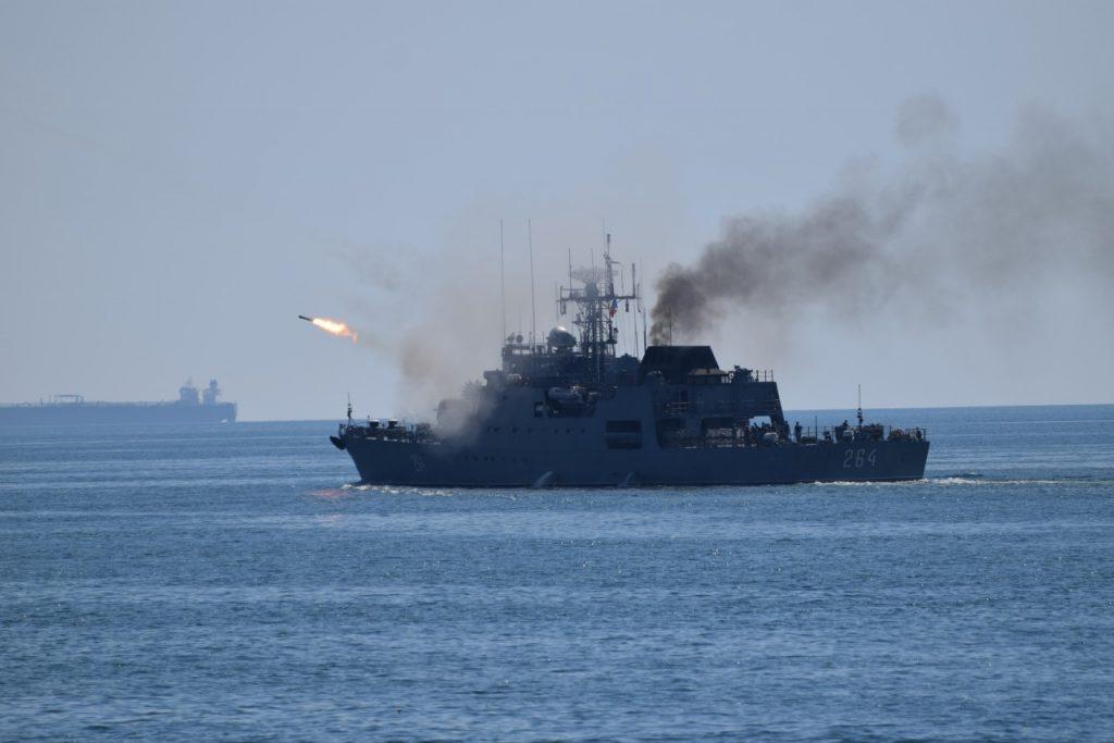 Demonstratii lupta Ziua Marinei