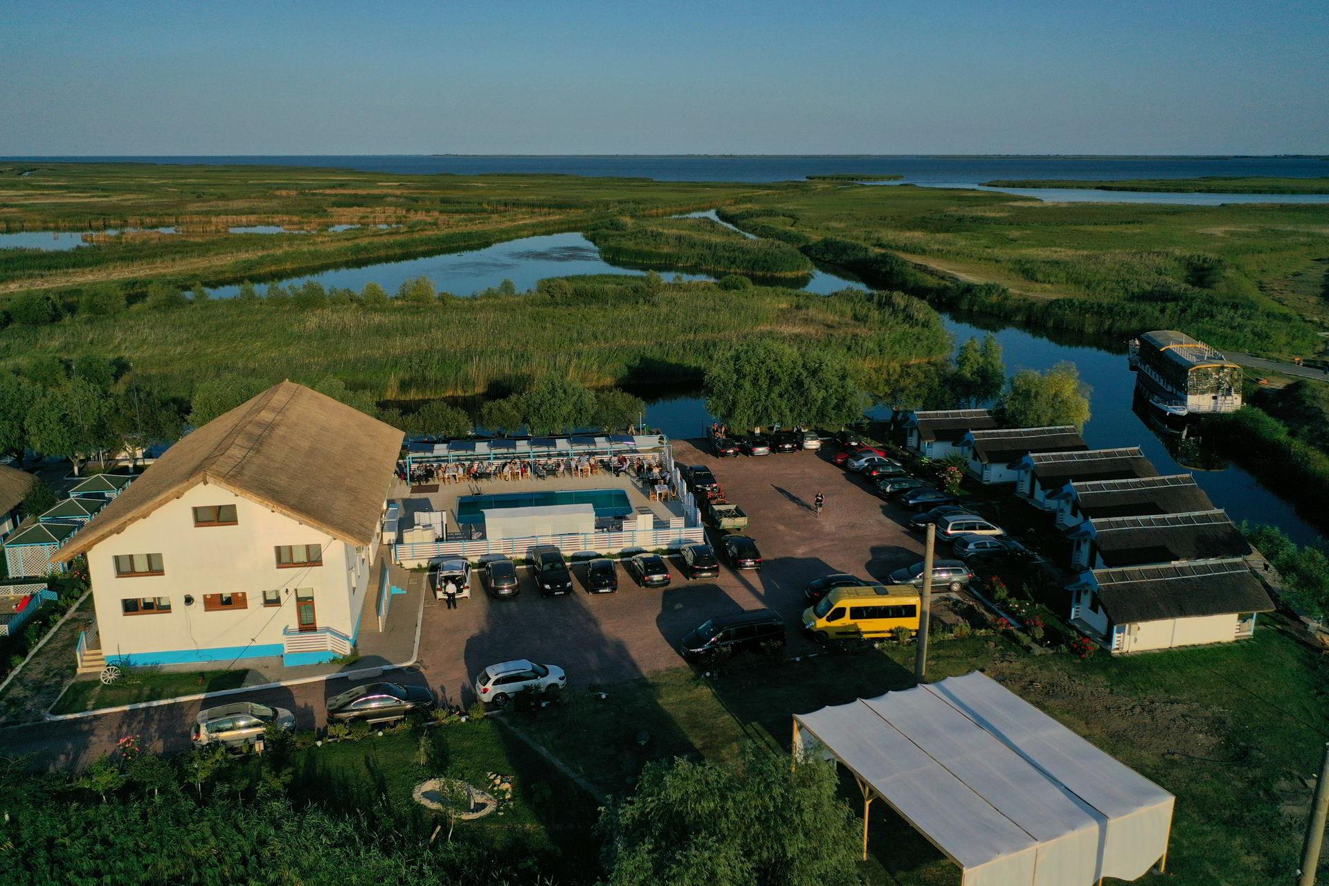 Poveștile deltei spuse de vinurile Cramei Hamangia, la Casa Pescarilor Lunca