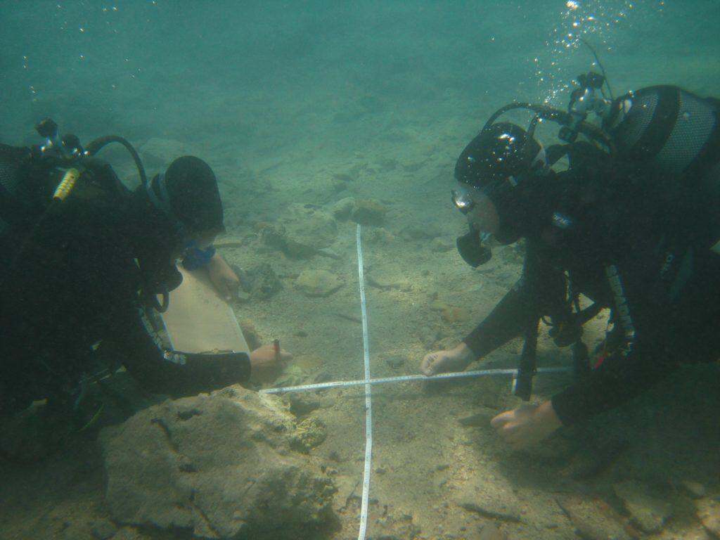 arheologia-subacvatica-cercetatori-constanta-muzeul-de-istorie-nationala-si-arheologie