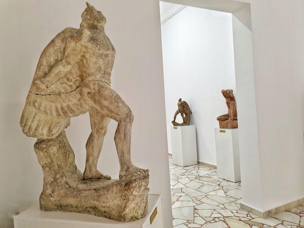 Sculpturi Ion Jalea