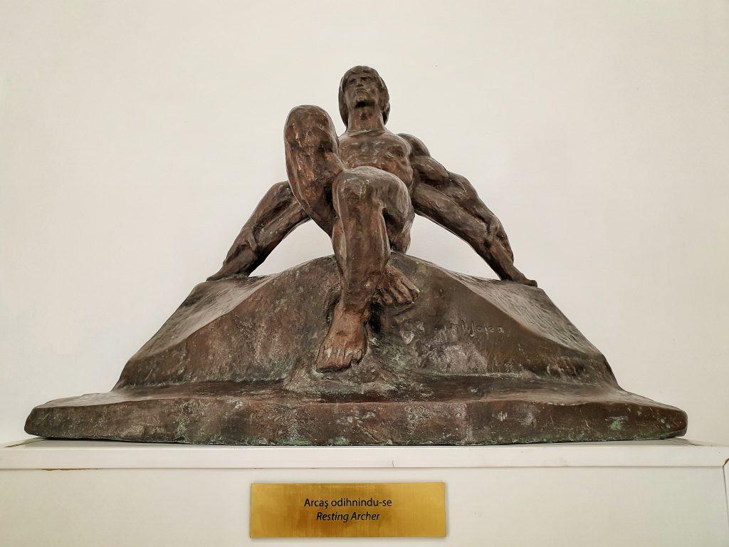 """""""Arcasul"""" sculptura Ion Jalea"""