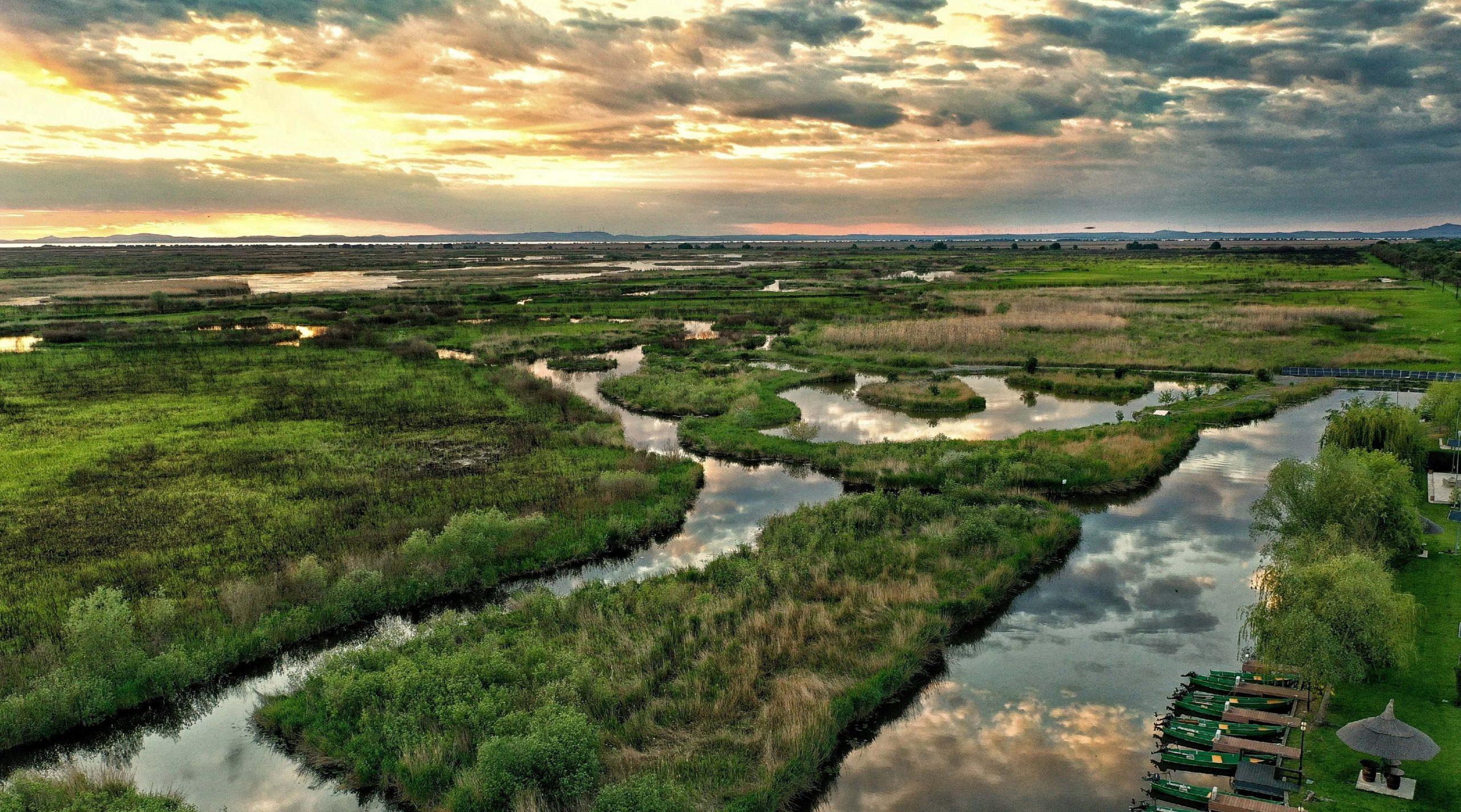 În Delta Dunării este o atmosferă magică și liniștită acum