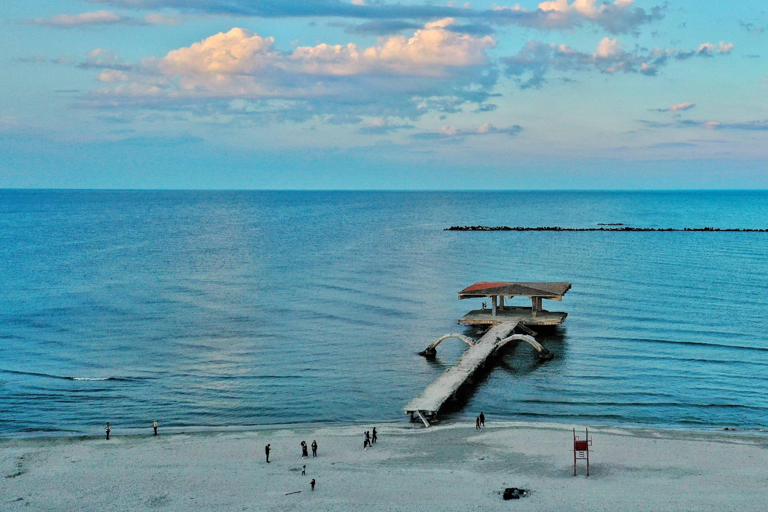 Motivele pentru care Marea Neagră este acum limpede și azurie