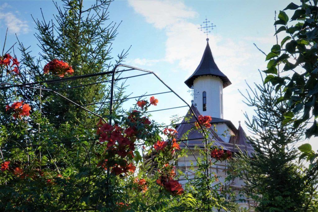 biserica-manastire-valea-teilor-tulcea