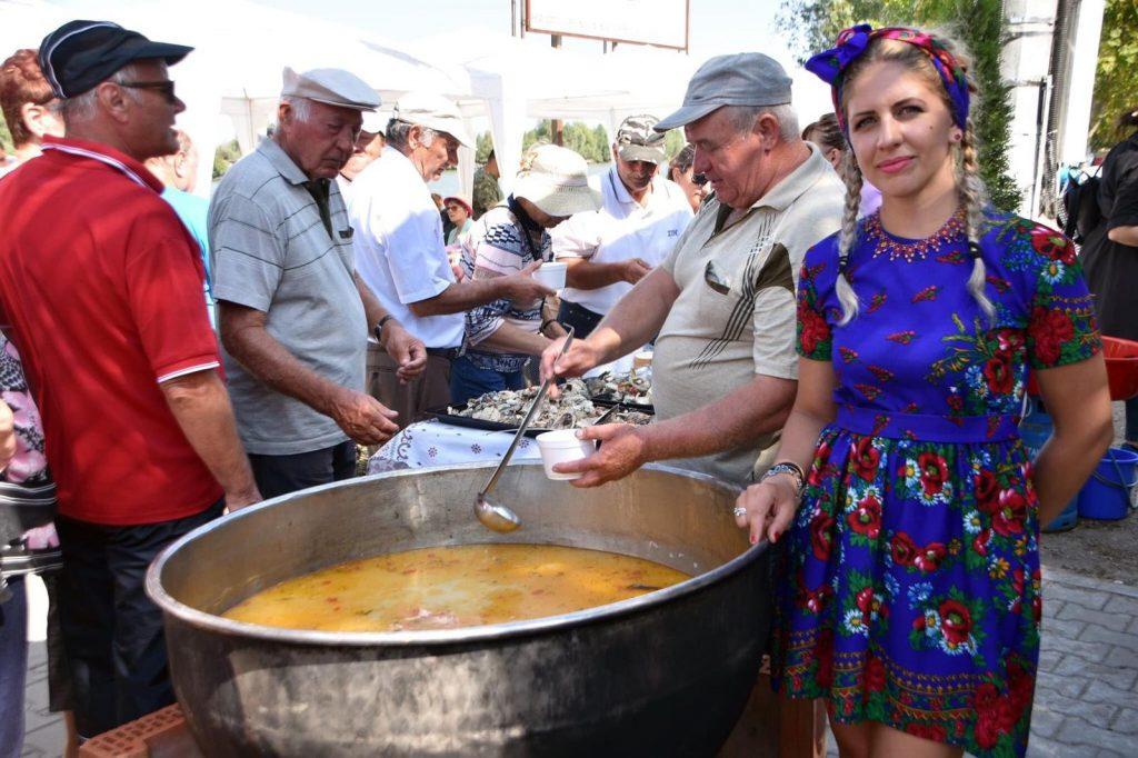 festivalul-borsului-de-peste-crisan-jurilovca