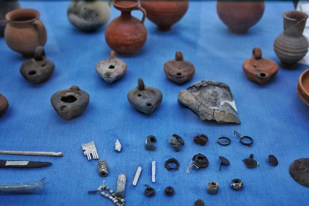 ceramica-descoperita-monumentul-tropaeum-traiani-adamclisi