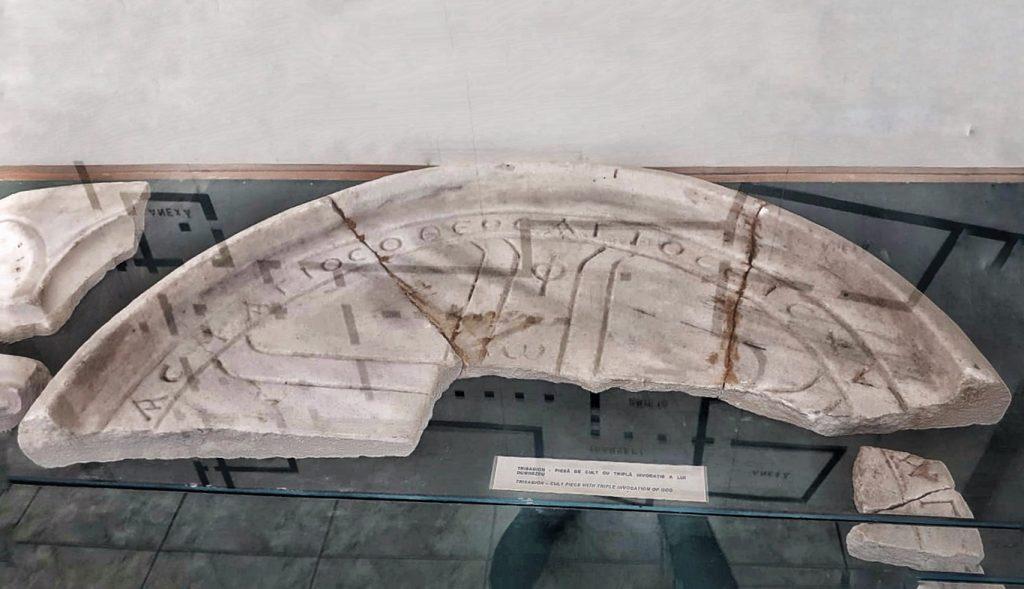 trisagion-obiect-de-cult-descoperit-la-cetatea-histria-constanta