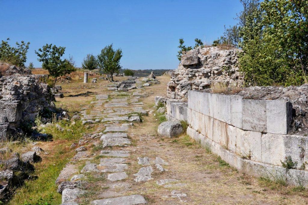 cetatea-tropaeum-traiani-adamclisi