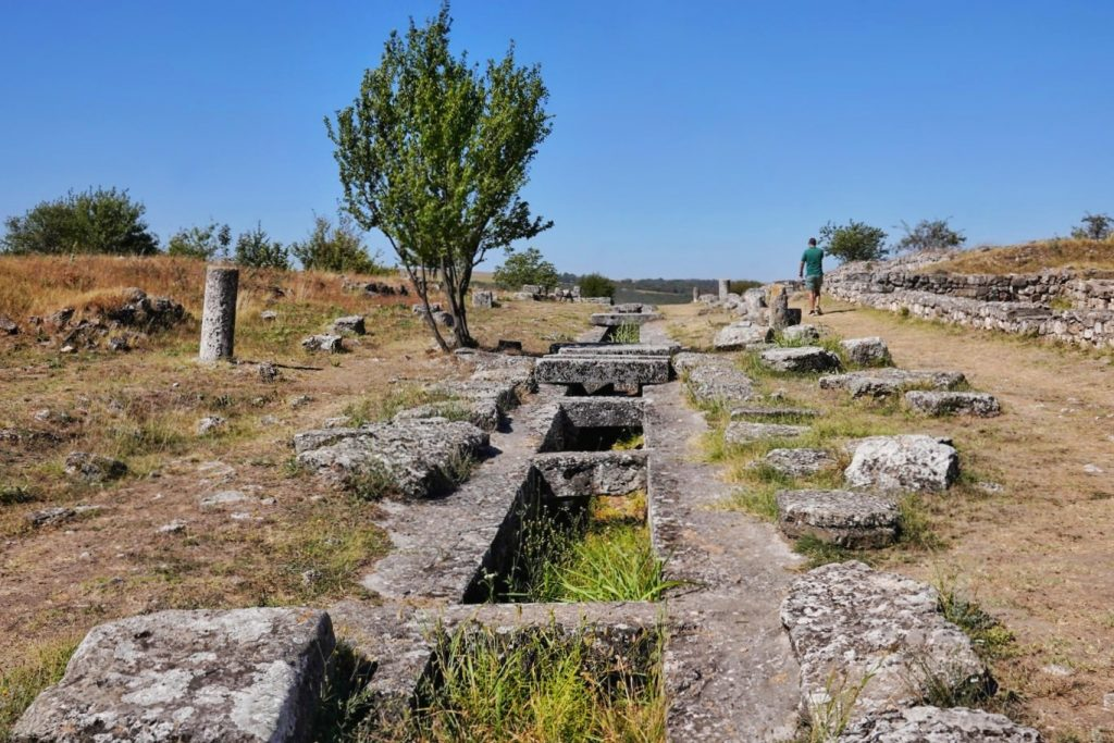 via-principalis-cetatea-tropaeum-traiani-adamclisi