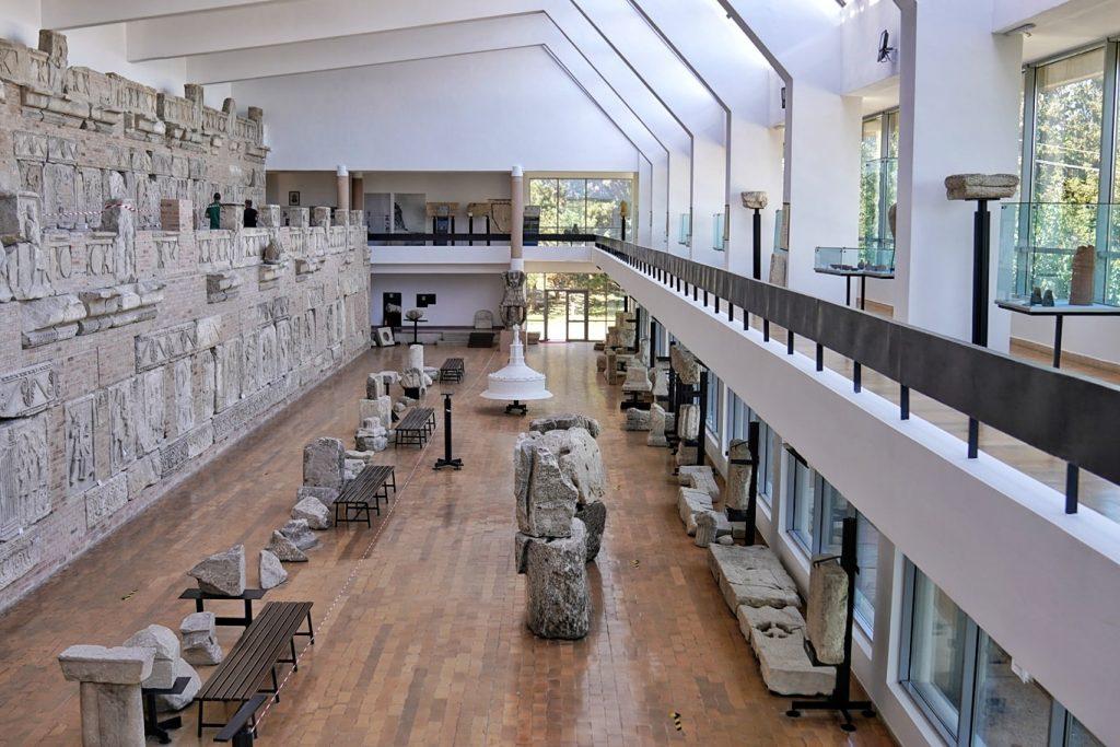 muzeu-tropaeum-traiani-adamclisi