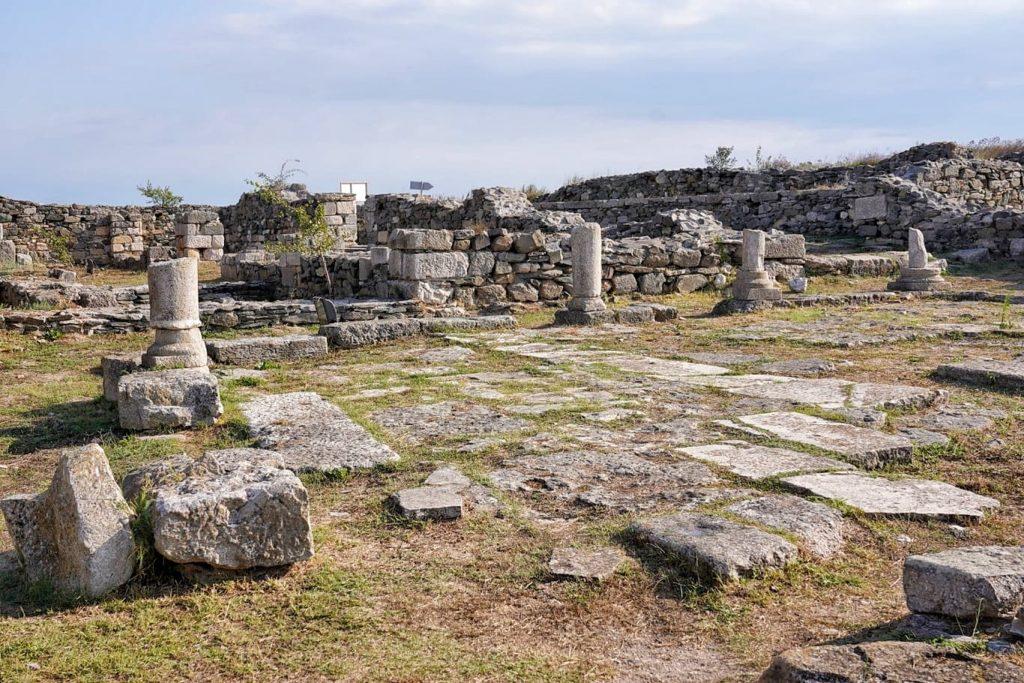 zona-sacra-cetatea-histria-adoratie-divinitati
