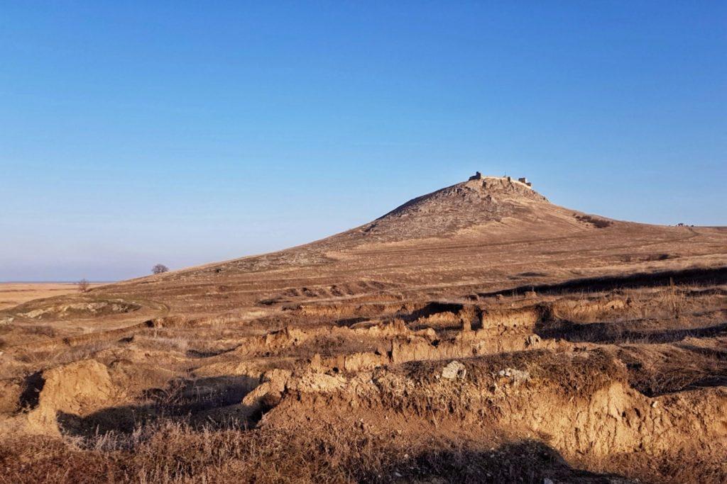 cimitir-cetatea-enisala-dobrogea-judetul-tulcea