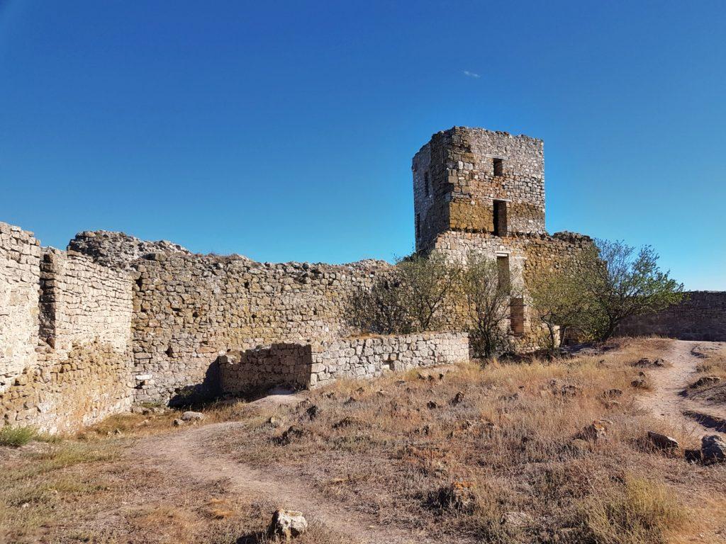 cisterna-cetatea-enisala-dobrogea-judetul-tulcea