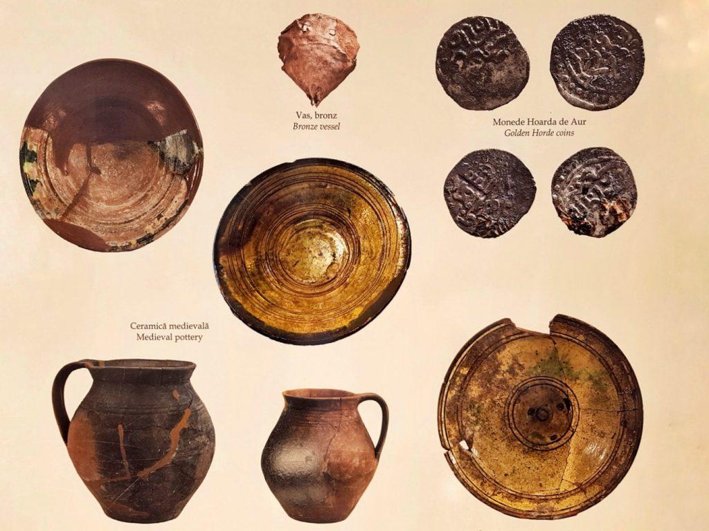 monede-vase-descoperite-la-cetatea-enisala-dobrogea-judet-tulcea