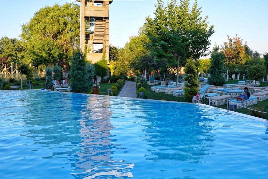 hotel-lebada-crisan-delta-dunarii