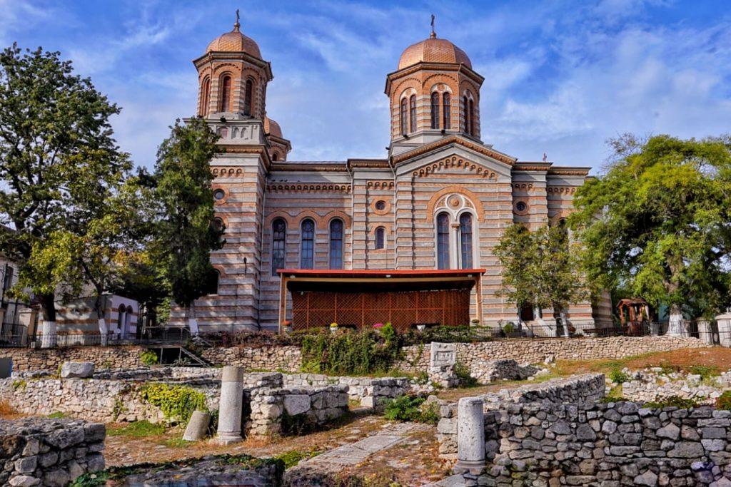 parc-arheologic-catedrala-sfintii-apostoli-petru-si-pavel-constanta-monument-istoric