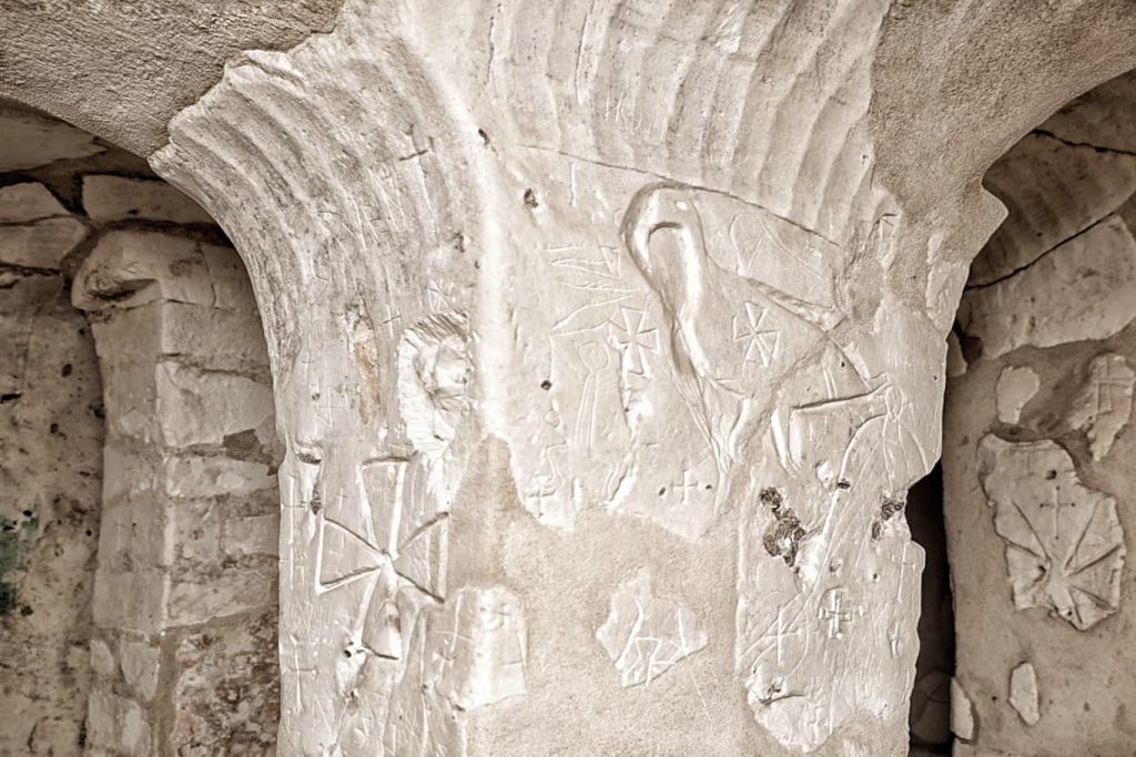 ansamblul-rupestru-murfatlar-basarabi-constanta-biserici-creta