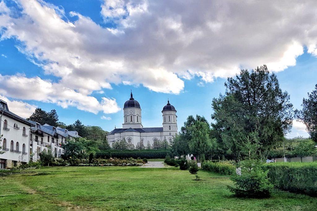 manastirea-tulcea-triunghiul-manastirilor