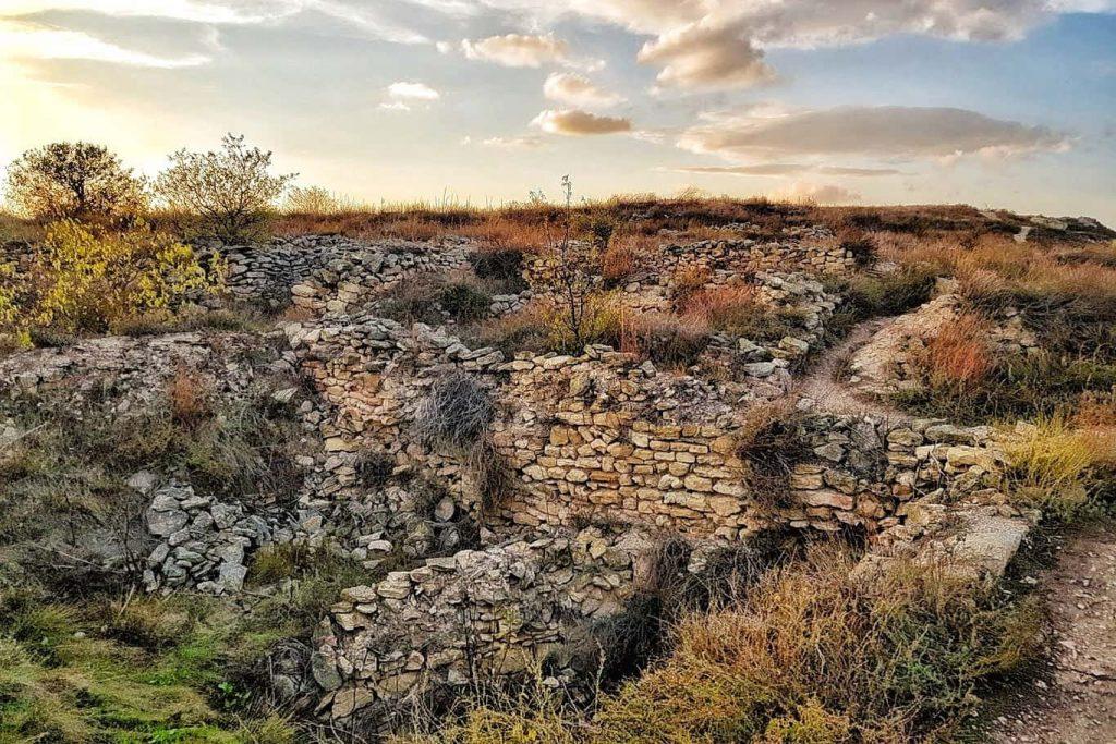 cetatile-din-tulcea-cetatea-argamum-orgame-jurilovca