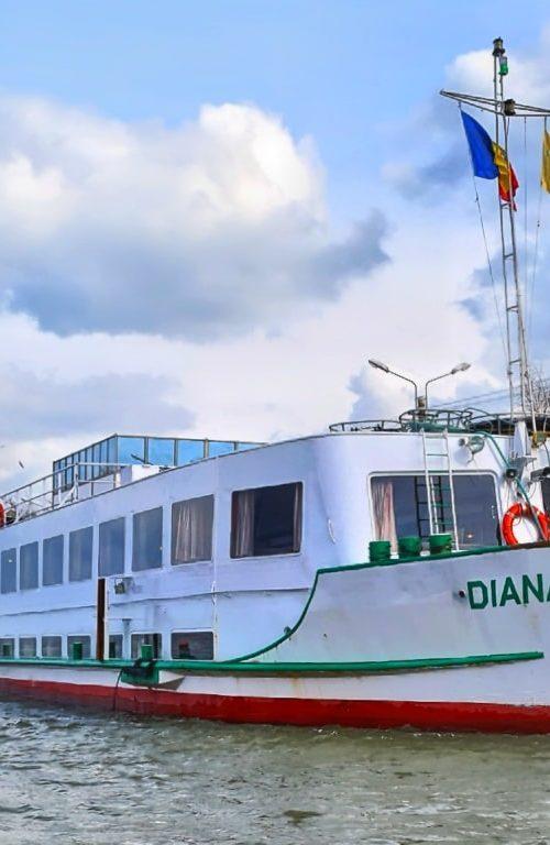 croaziera-in-delta-dunarii-cu-vaporul-diana