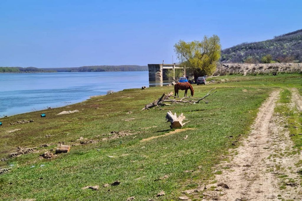 Izvoarele-Constanta-port-comercial