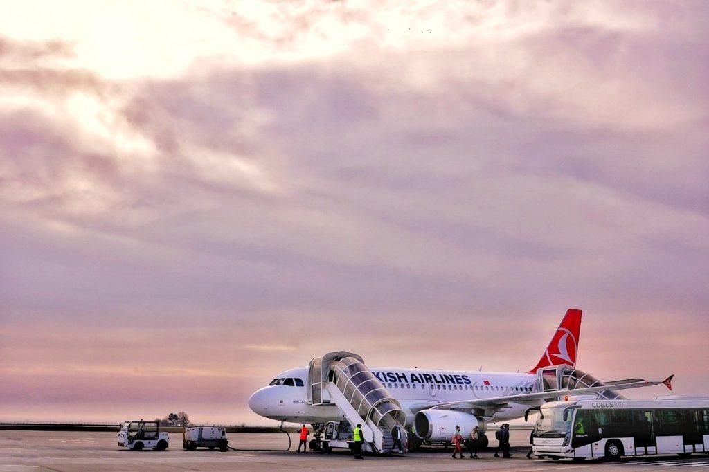 turkish-airlines-a-reluat-zborurile-pe-ruta-constanta-istanbul