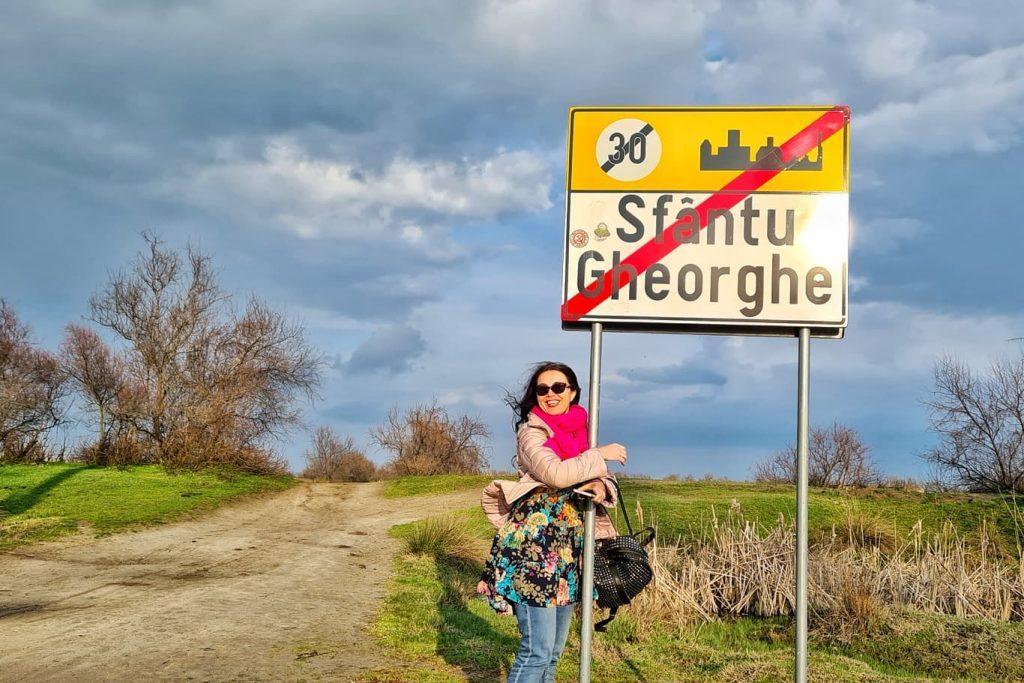 sfantu-gheorghe-drumul-spre-plaja-salbatica