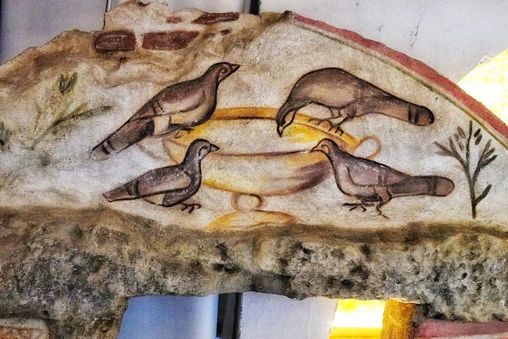 porumbei-desene-mormantul-pictat-constanta