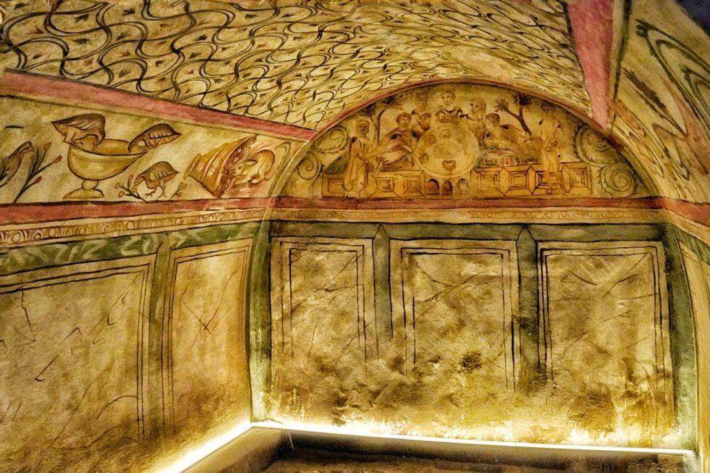mormantul-pictat-tomis-constanta-muzeul-de-istorie-si-arheologie-constanta