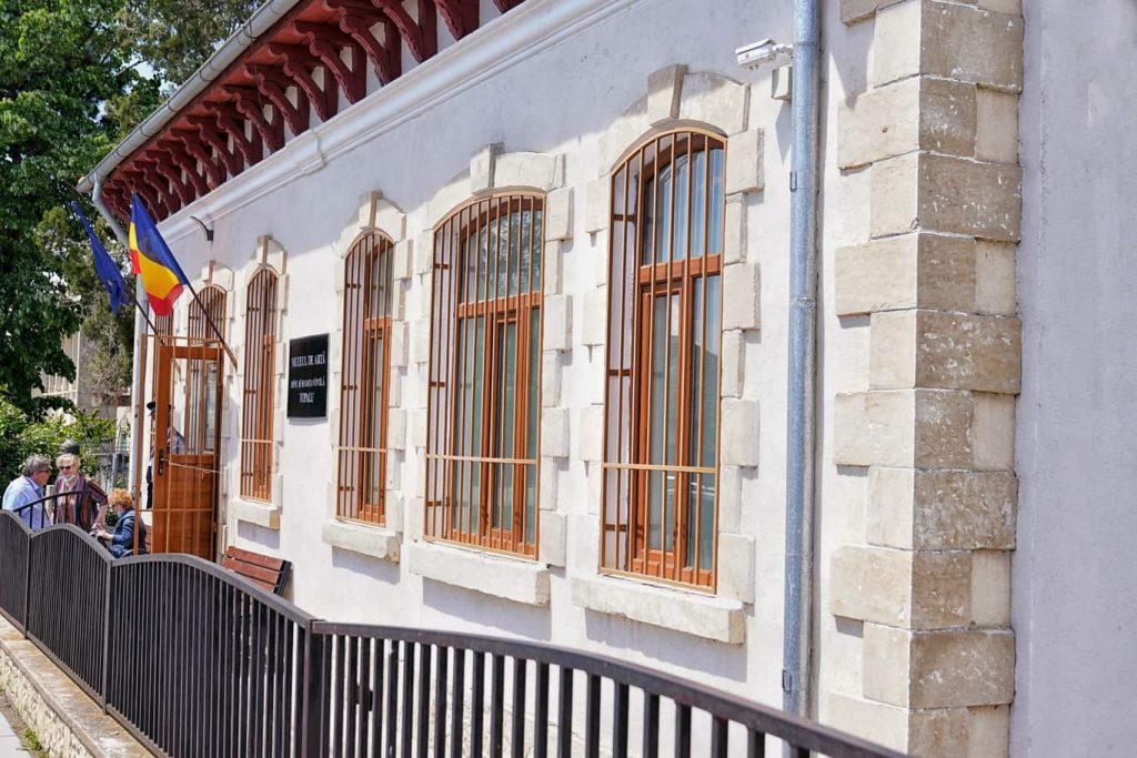 muzeul-dinu-si-sevasta-vintila
