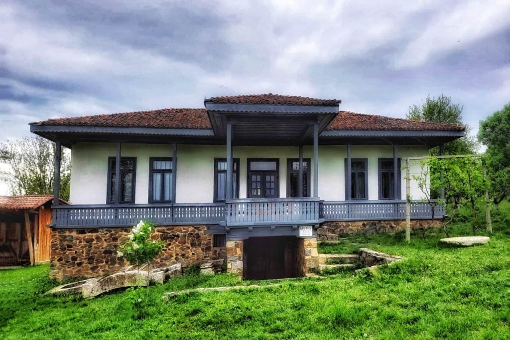 casa-traditionala-dobrogeana-manastirea-dervent