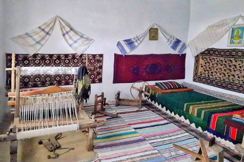 amenajare-interioara-casa-traditionala-dobrogeana