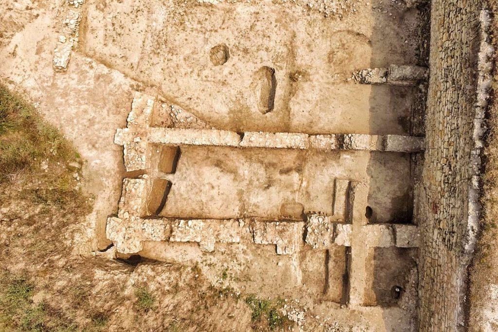 curtina-ibida-cetate-sapaturi-arheologice