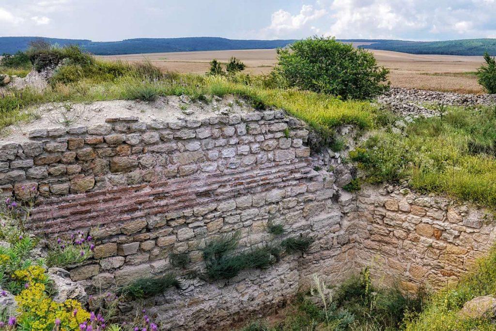 turn-aparare-cetatea-ibida-slava-rusa