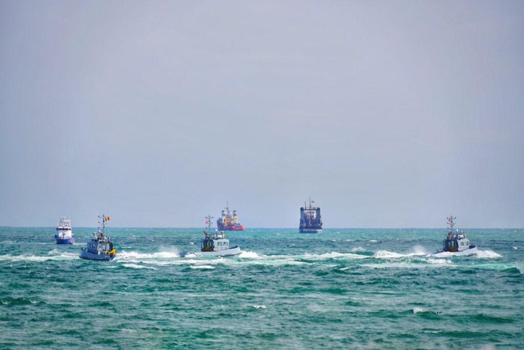 nave-militare-ziua-marinei