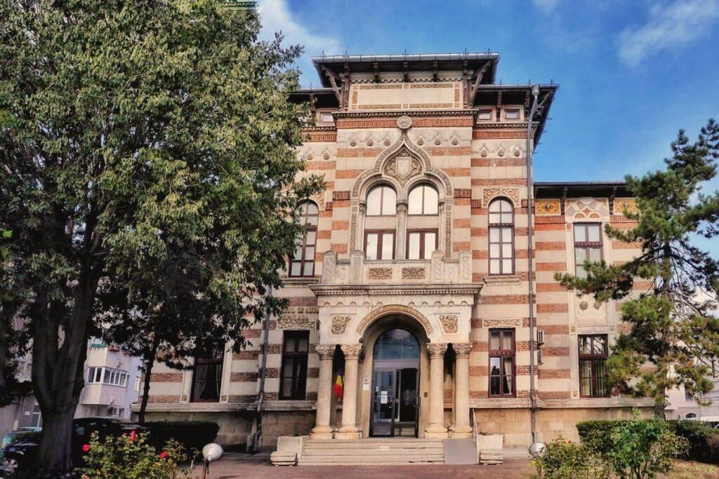 palatul-comunal-constanta-