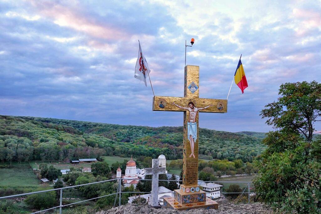 manastirea-cocos-judetul-tulcea